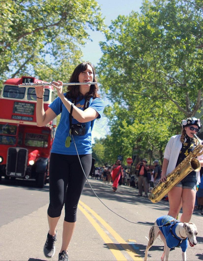 uc davis picnic day parade parade flute dog bus-min